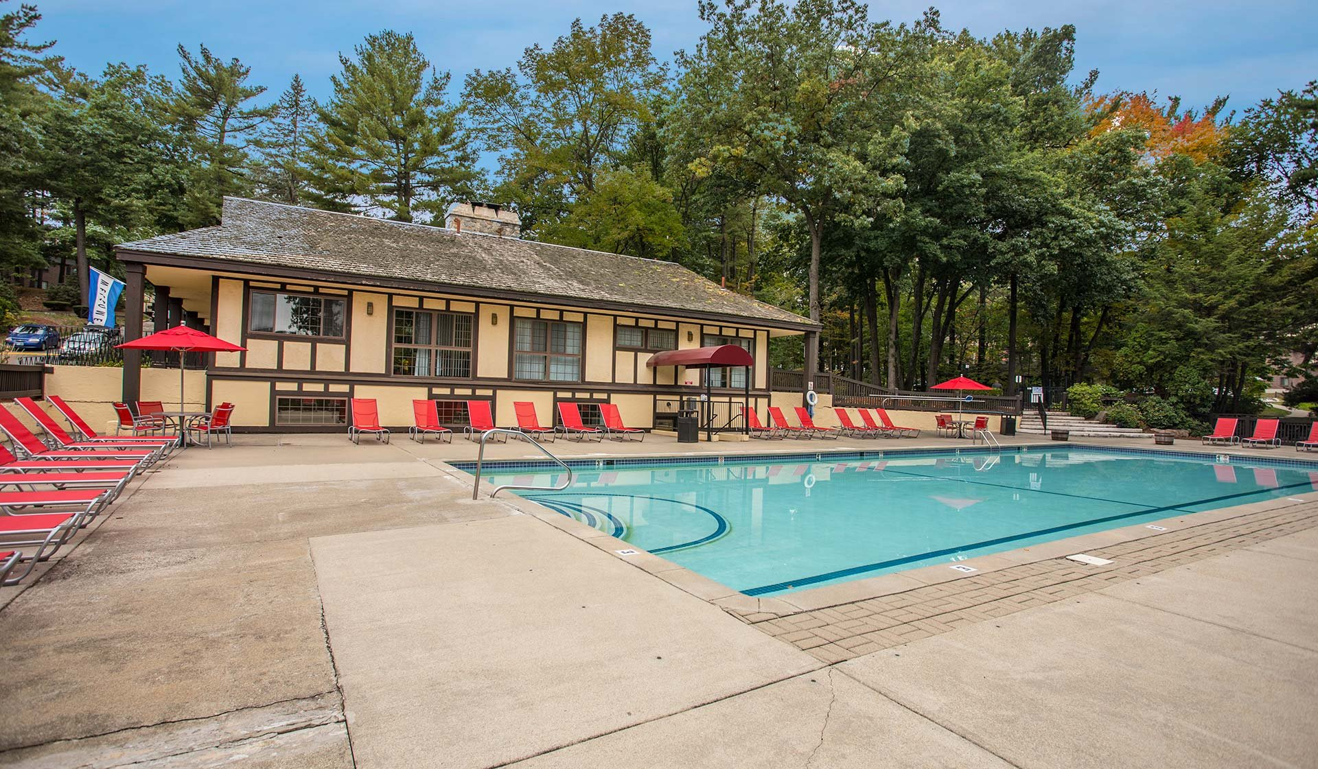 Royal Crest Estates - Nashua - Pool