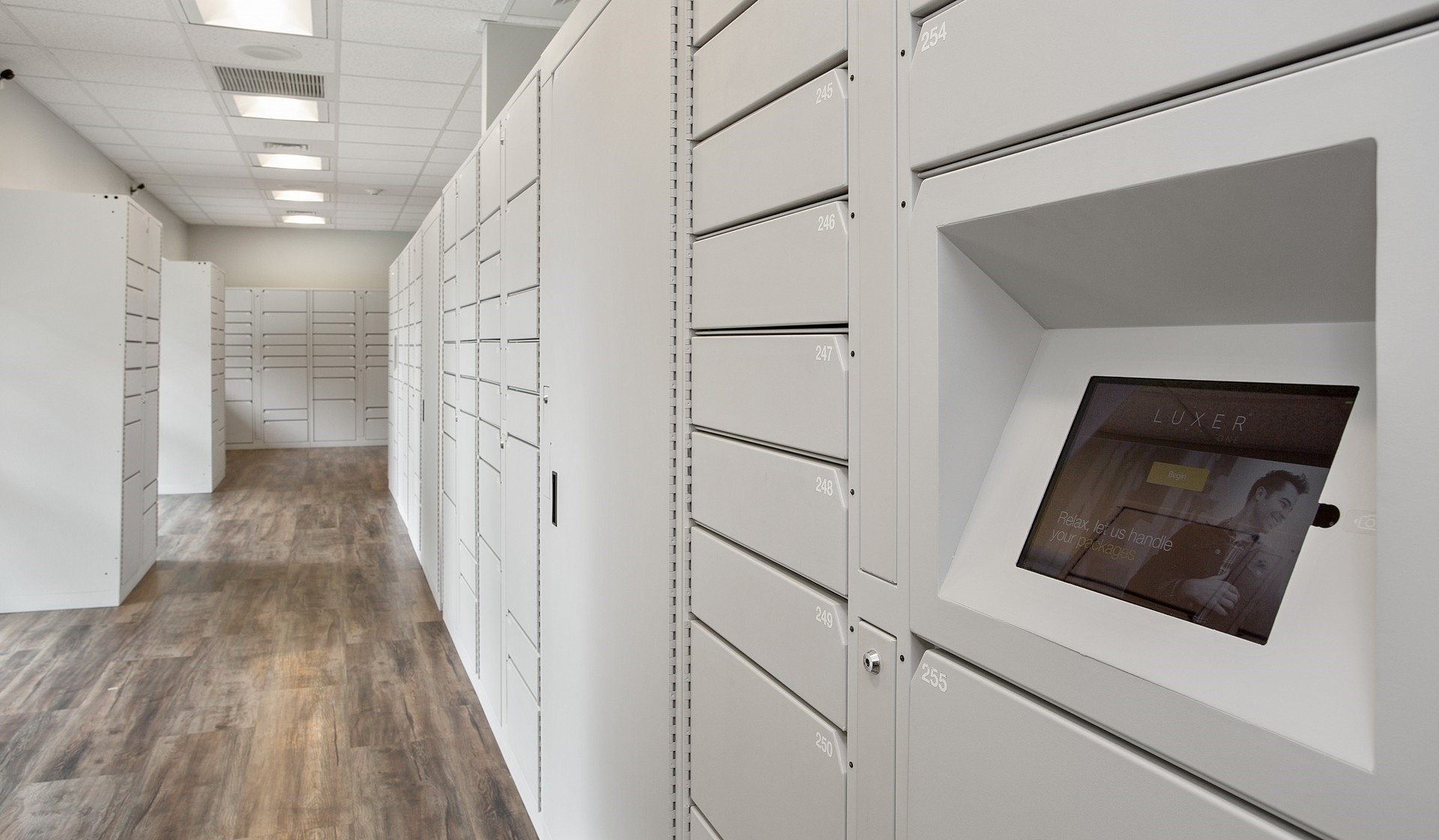 Royal Crest Estates - Nashua - Package Lockers